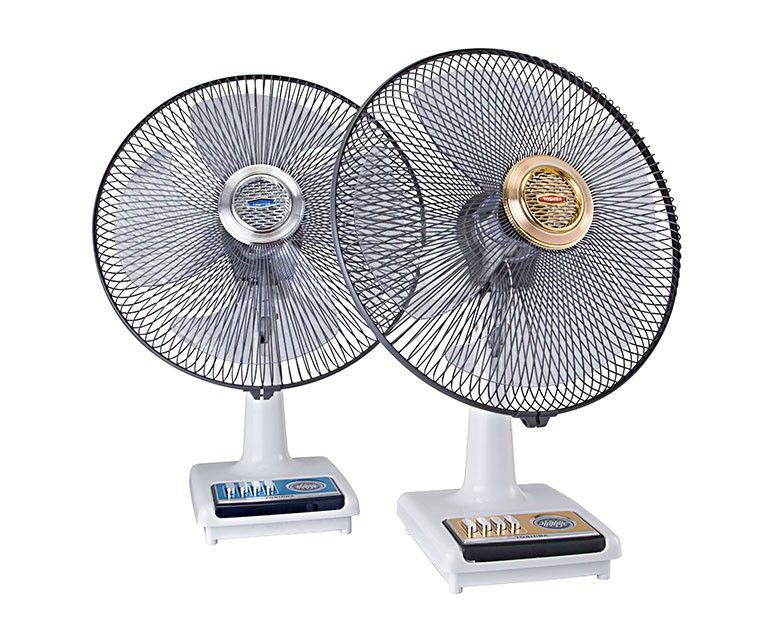 TOSHIBA Desk Fan 16 Inch With 4 Plastic Blades and 3 Speeds In Blue Or Gold Color ES624(PS)